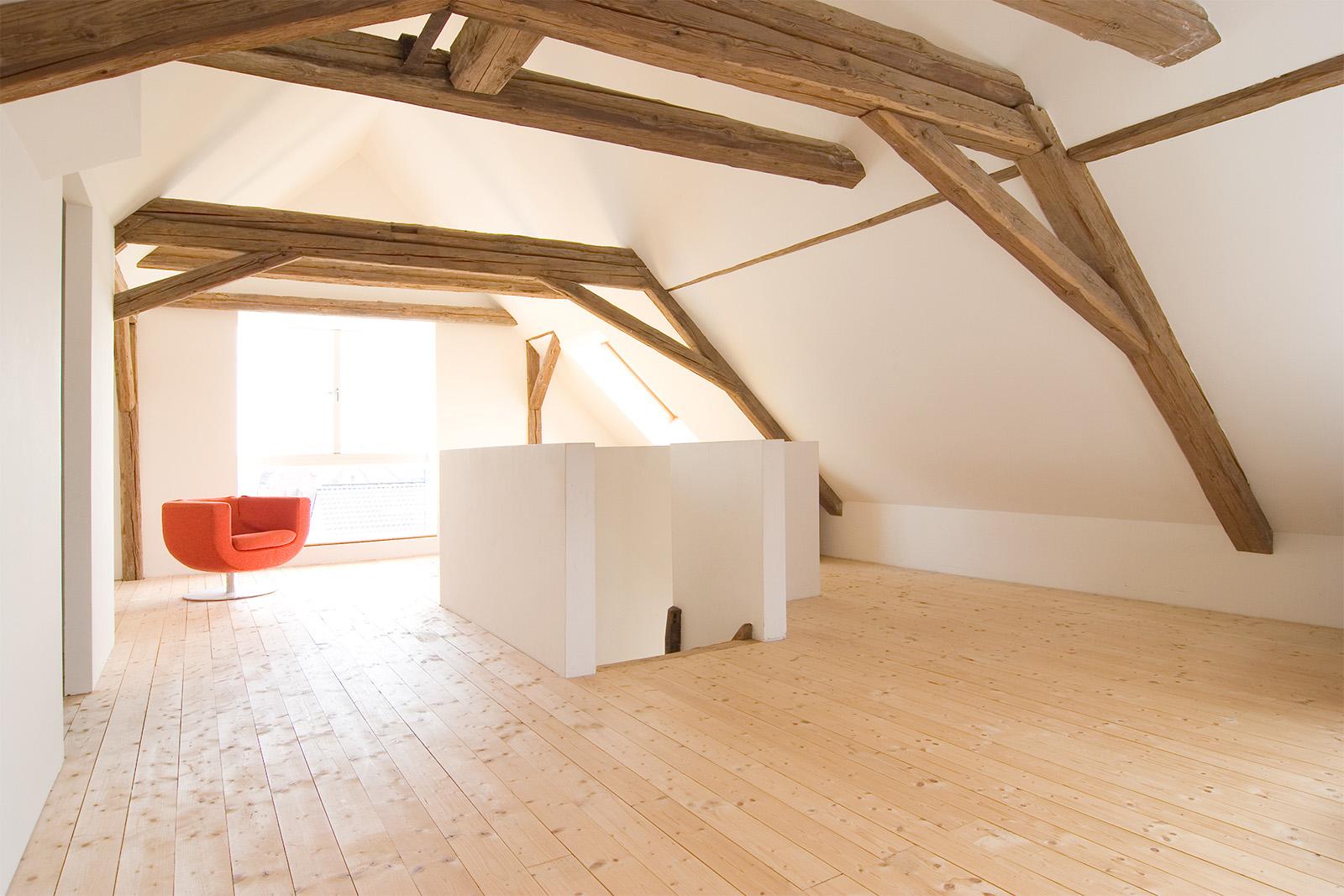 110509_052_ffm_wohnhaus_tovar_atelier