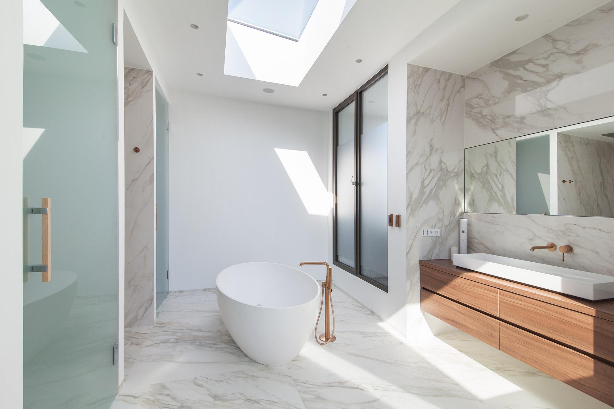 Villa Y Masterbad FFM-ARCHITEKTEN.